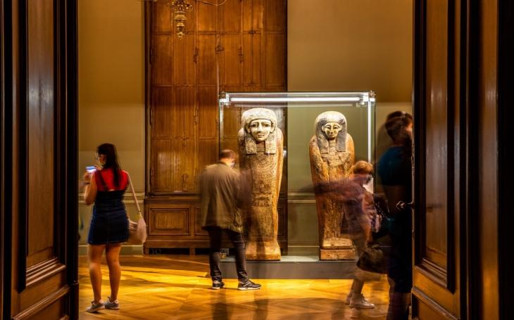 Národní muzeum prodlužuje unikátní výstavu Sluneční králové!