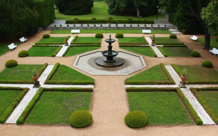 Přijďte načerpat energii do zahrad Pražského hradu